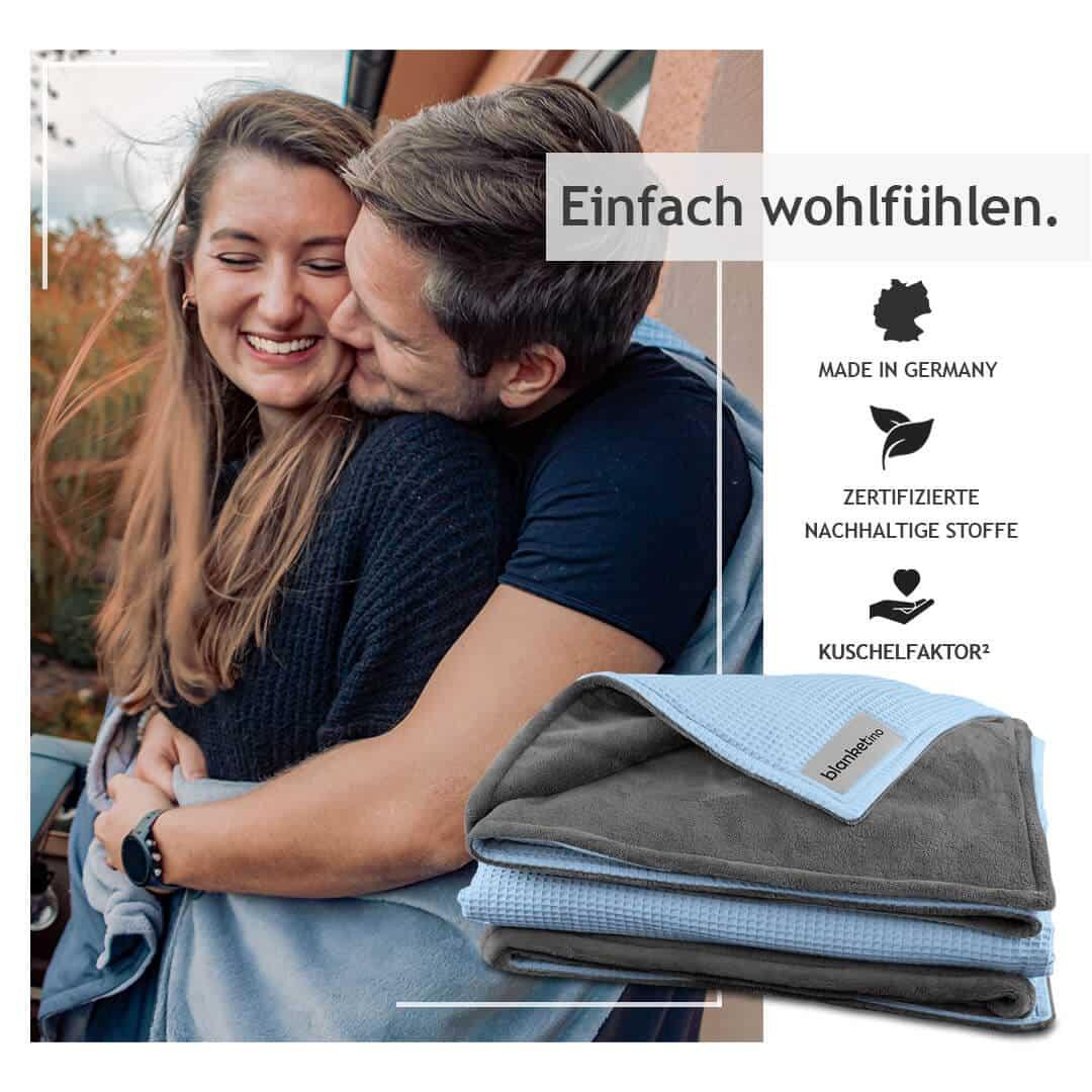 """Kuscheldecke """"Vollkommen"""" – Wolkenblau/Stahlgrau – 145 x 210 cm"""