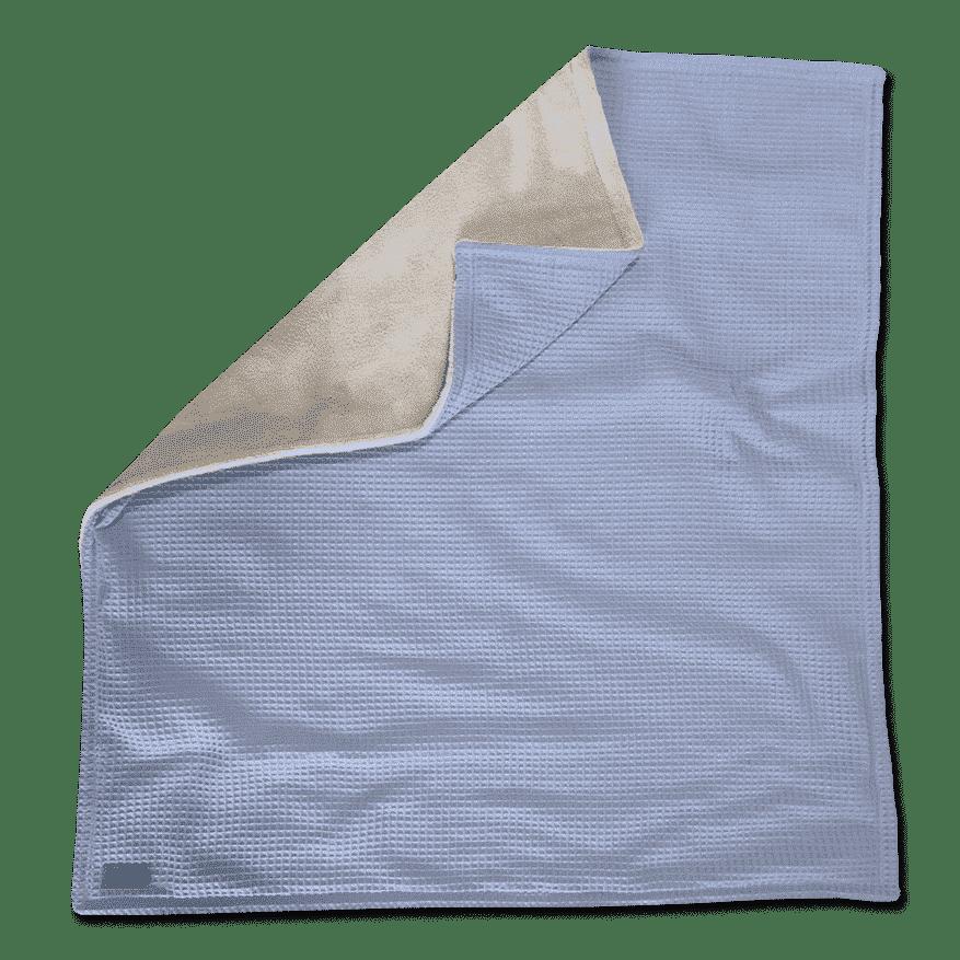 """Kuscheldecke XXL  """"Vollkommen"""" – Wolkenblau/Sandweiß – 220 x 240 cm"""